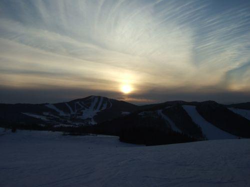 スキー場で日の入り2